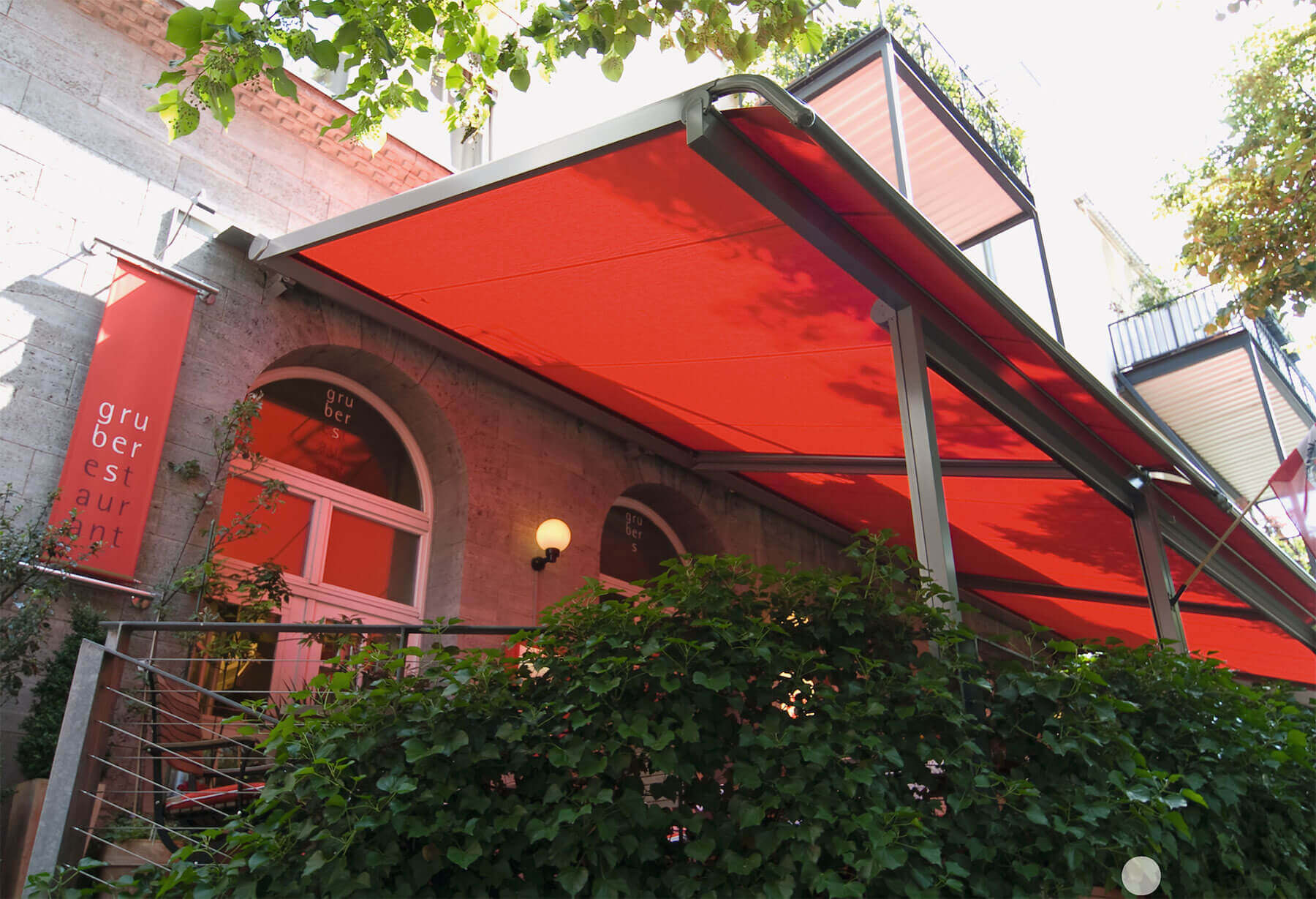 Awning in Plaza Instant Finance