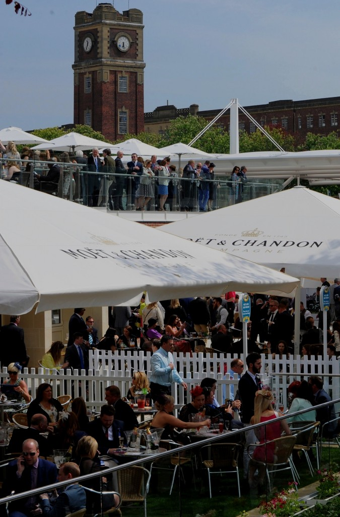 York Racecourse | Moët & Chandon Parasols